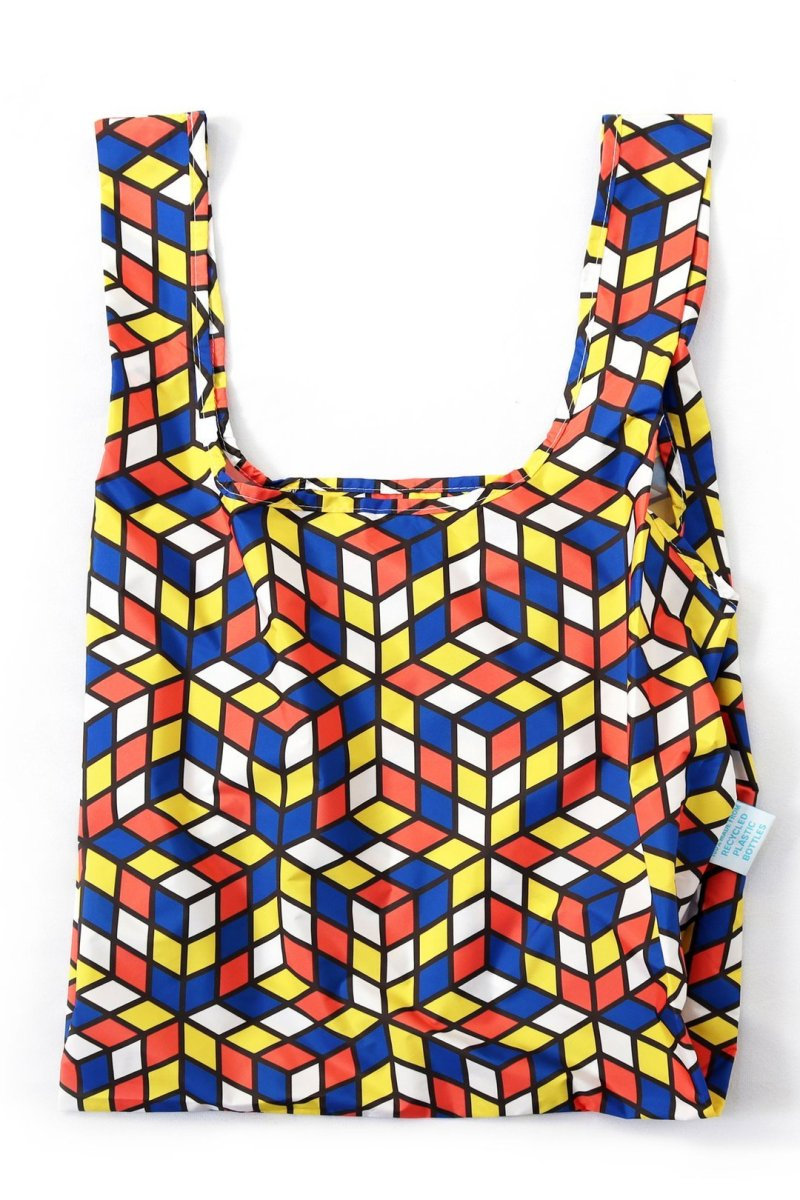 kind bag with geometric design