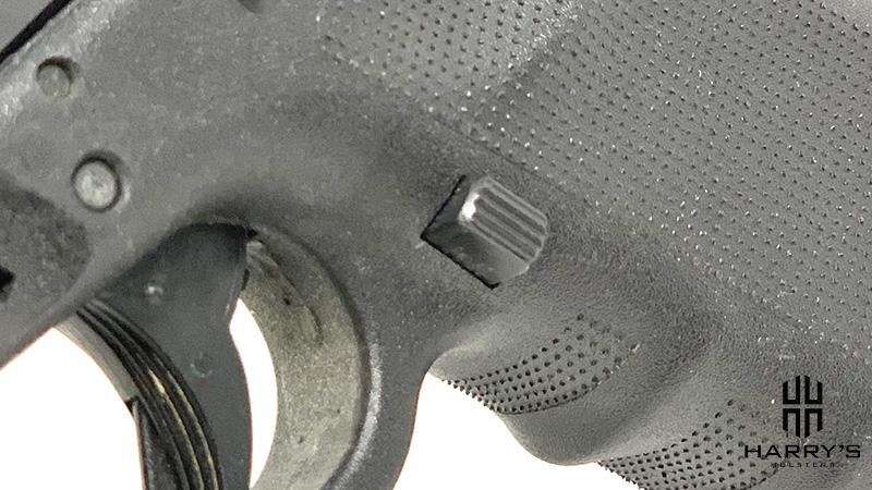 Glock 19 vs SW M_P 2.0 Compact magazine release glock