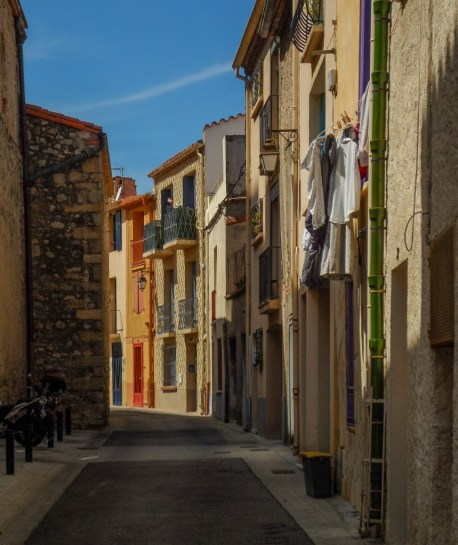 colour_french_buildings