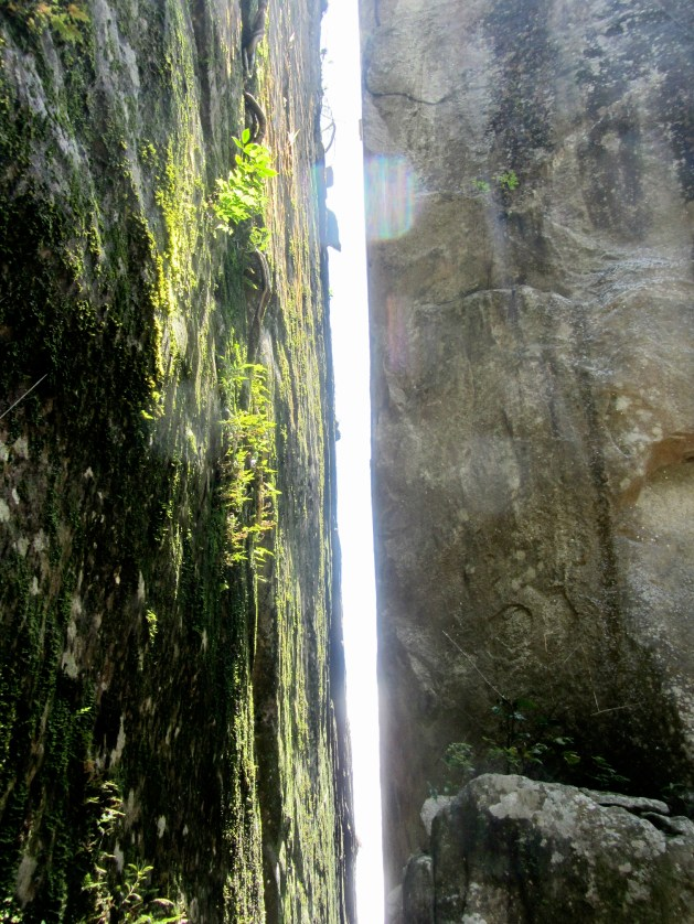 Narrow gap between 2 huge rocks