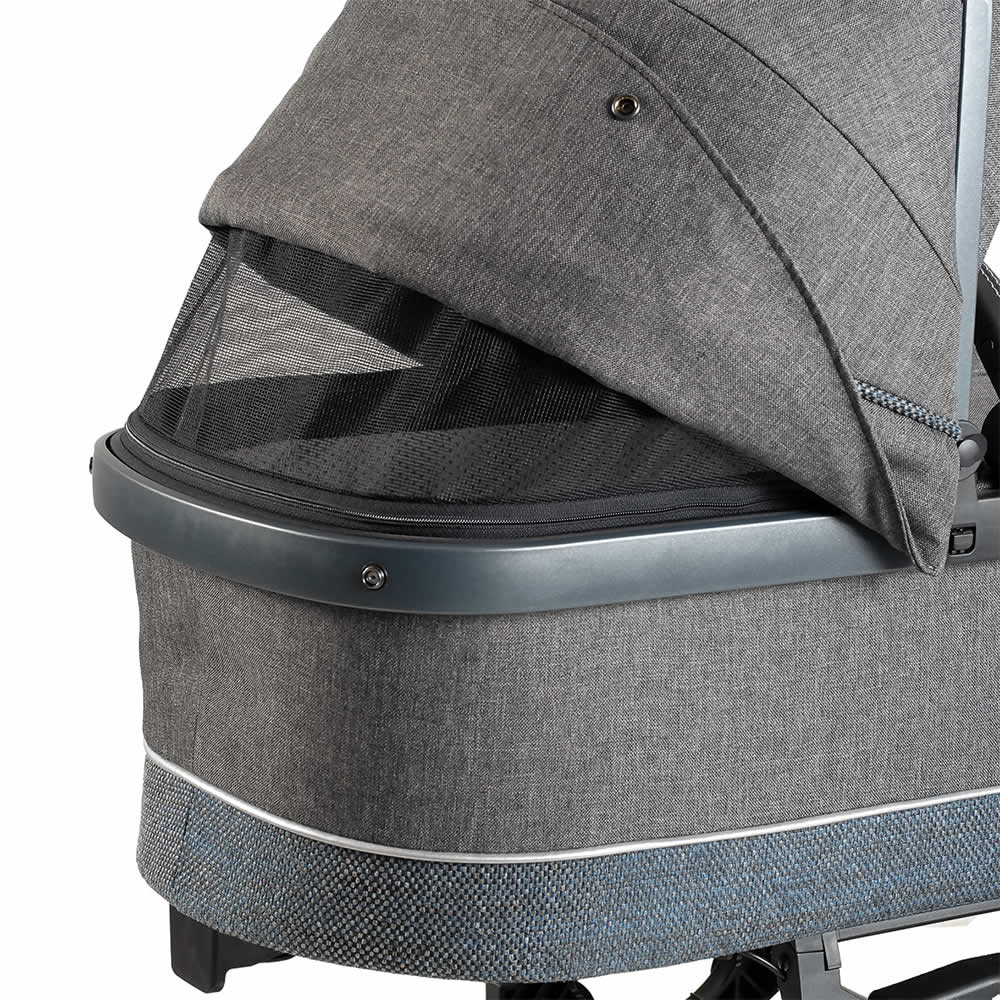 Hartan Mercedes-Benz carrycot climate zone detail in Deep Sea