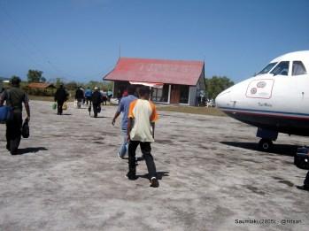 Bandara Olilit Saumlaki