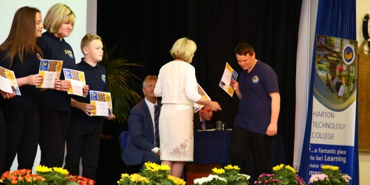 Year 9-10 Awards Evening 2017 -071
