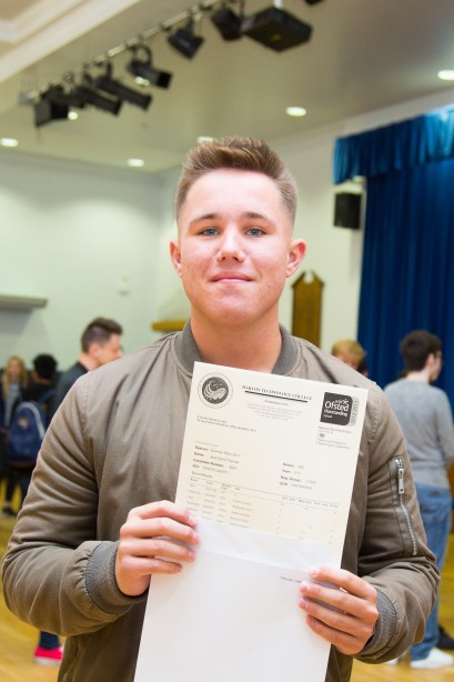 GCSE Results Day 2017 - -12