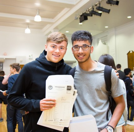 GCSE Results Day 2017 - -16