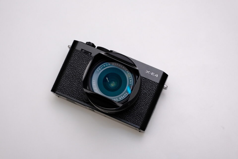 X-E4,レビュー,XF18mm,XF27mm