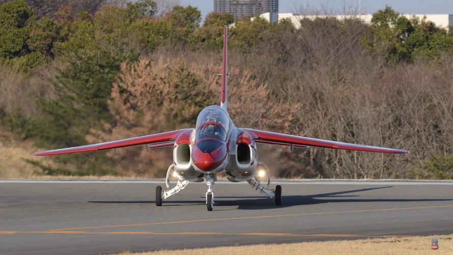 戦闘機パイロットになるまでにどれだけの時間、空を飛ぶか 訓練飛行基準時間