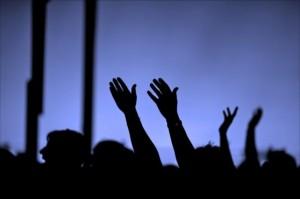 Praise-God-christianity-30399921-640-426-300x199