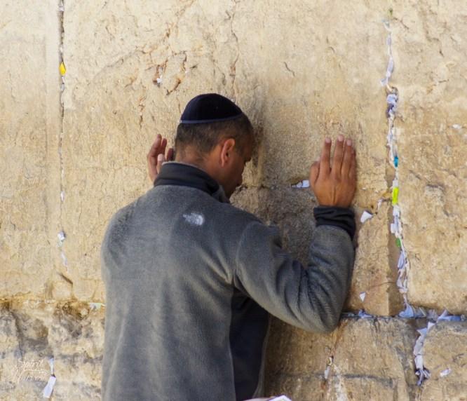 Western Wall: Praying