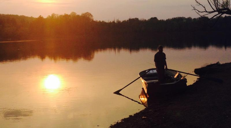 The seasons advancing lake fishing in pennsylvania for Fishing lakes in pa