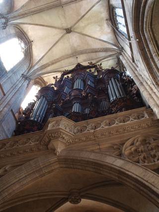 Bild: Die Orgel im Dom zu Halberstadt.