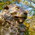 LÖWENDENKMAL von SCHADOW im Schlosspark zu Ballenstedt.