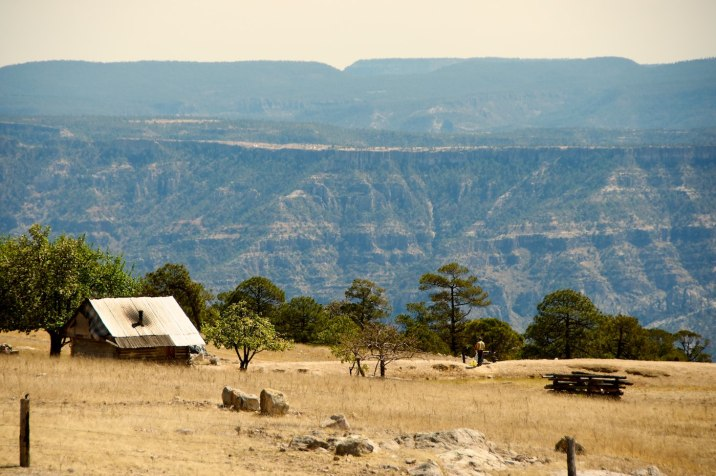 On the edge of the canyon, this Tarahumara family lives in peace.