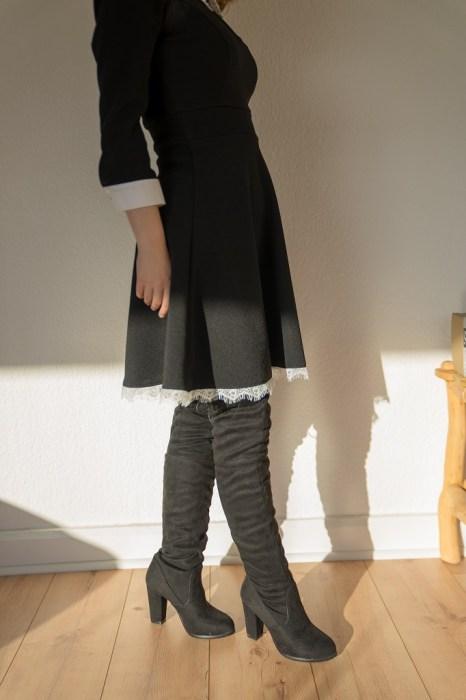 Overkneestiefel Untergröße Kleid