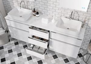 Jasna łazienka — co należy brać pod uwagę?