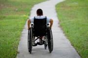عجلون: توزيع 150 كرسيا متحركا لذوي الاحتياجات الخاصة