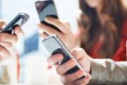 دور الموضة الكبرى تستثمر شغف الشباب الالكتروني