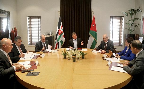 الملك يترأس إجتماعاً لمتابعة تنفيذ برامج تطوير القطاع العام والحكومة الإلكترونية