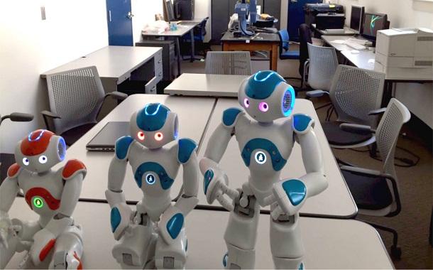 تأثيرات استخدام الإنسان الآلي اقتصاديا واجتماعيا