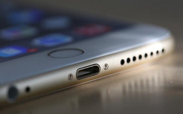 ابتكار هاتف بدون بطارية ولا يحتاج للشحن