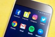 فيسبوك متخوفة من خسارة مستخدميها لصالح سنابشات