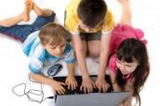 تحذير : خطورة الشبكات الإجتماعية تماثل خطورة الوجبات السريعة للأطفال