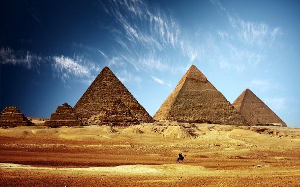 مصر تصنّع هاتفاً متنقلاً للمرة الأولى