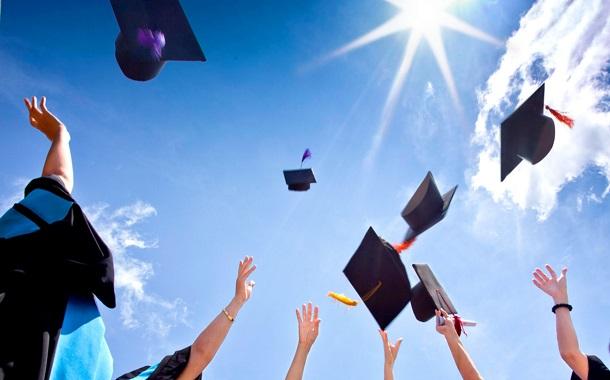 كلية عمون تحصل على المركز الأول بإمتحان الكفاءة الجامعية