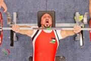 الجنيدي بطل العالم في رفع الأثقال يصنع من إعاقته جسرا للمجد
