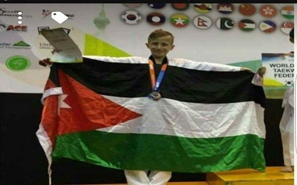 عماد الجرس يحرز ميدالية فضية في بطولة العالم للتايكوندو