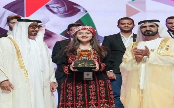 يارا مرعي.... تتعمق بالبحث العلمي وتبتكر مشروعا حصد جوائزة عربية وعالمية