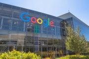 جوجل تطرح خدمة الدفع الجديدة Pay with Google