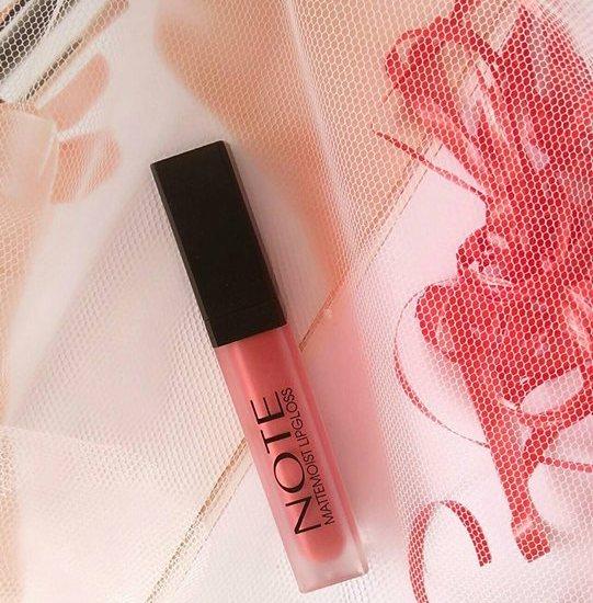 Note Cosmetics Mattemoist Lipgloss Sugar Kiss (403) Review