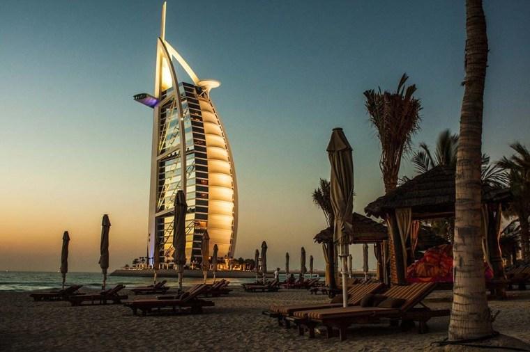 Jumeirah beach giving a mesmerizing view of Burj Al Arab. A perfect view for a romantic date