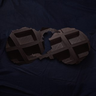 """News Added Jan 18, 2017 Prolific New York based art pop collective Dirty Projectors have announced their new self-titled album. It will follow 2012's Swing Lo Magellan. David Longstreth teased the album as early as last September with the song """"Keep Your Name"""". Two other singles: """"Little Bubble"""" and """"Up in Hudson"""" have also been […]"""