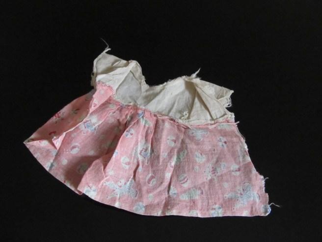 30's era doll dress made of feedsack cloth, photo by quirkyjazz aka Jill