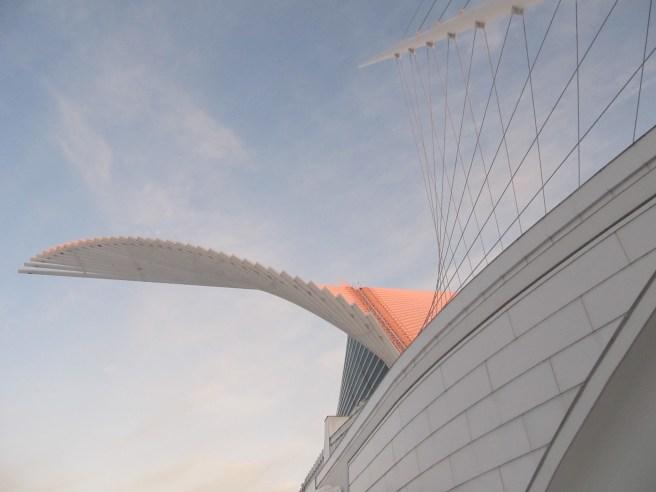 Milwaukee Art Museum exterior; image by TTQ cc