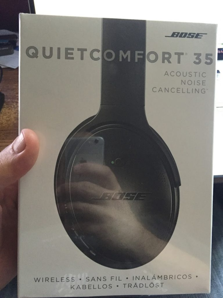 Bose QC35 Box