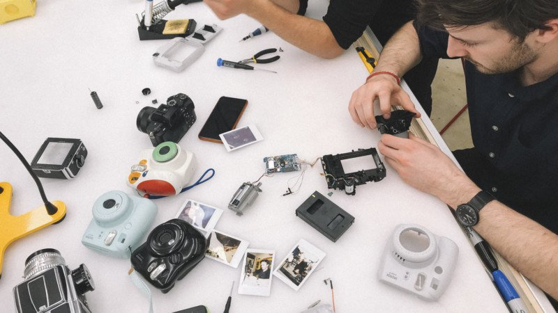 What Happens When You Hack a FujiFilm Instax to a Hasselblad 500