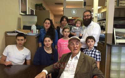 Un rescapé de la Shoah retrouve des proches grâce à un interview