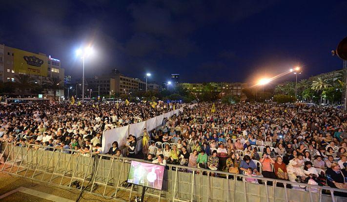 Le tribunal du district de Tel Aviv a statué : «Machia'h BaKikar»sur la place Rabin aura bien lieu avec une séparation