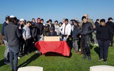 Beth Habad de Caen : Voyage pédagogique sur les plages du débarquement