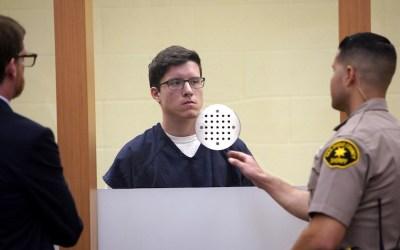 Le suspect de 19 ans qui a tiré dans le Beth Habad de Poway fait l'objet de 109 chefs d'accusation et risque la peine de mort
