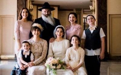 De Pékin où le coronavirus sévit,  à New-York, au discours d'ouverture devant 3 000 femmes 'Habad