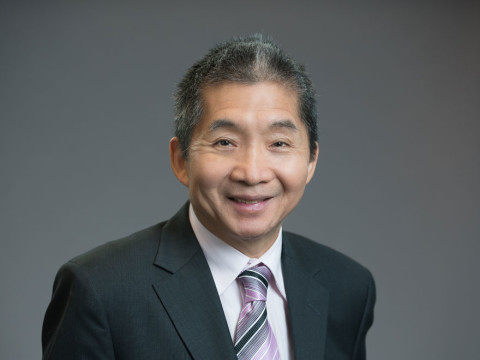 Jerry Wong hair transplant surgeon at Hasson and Wong