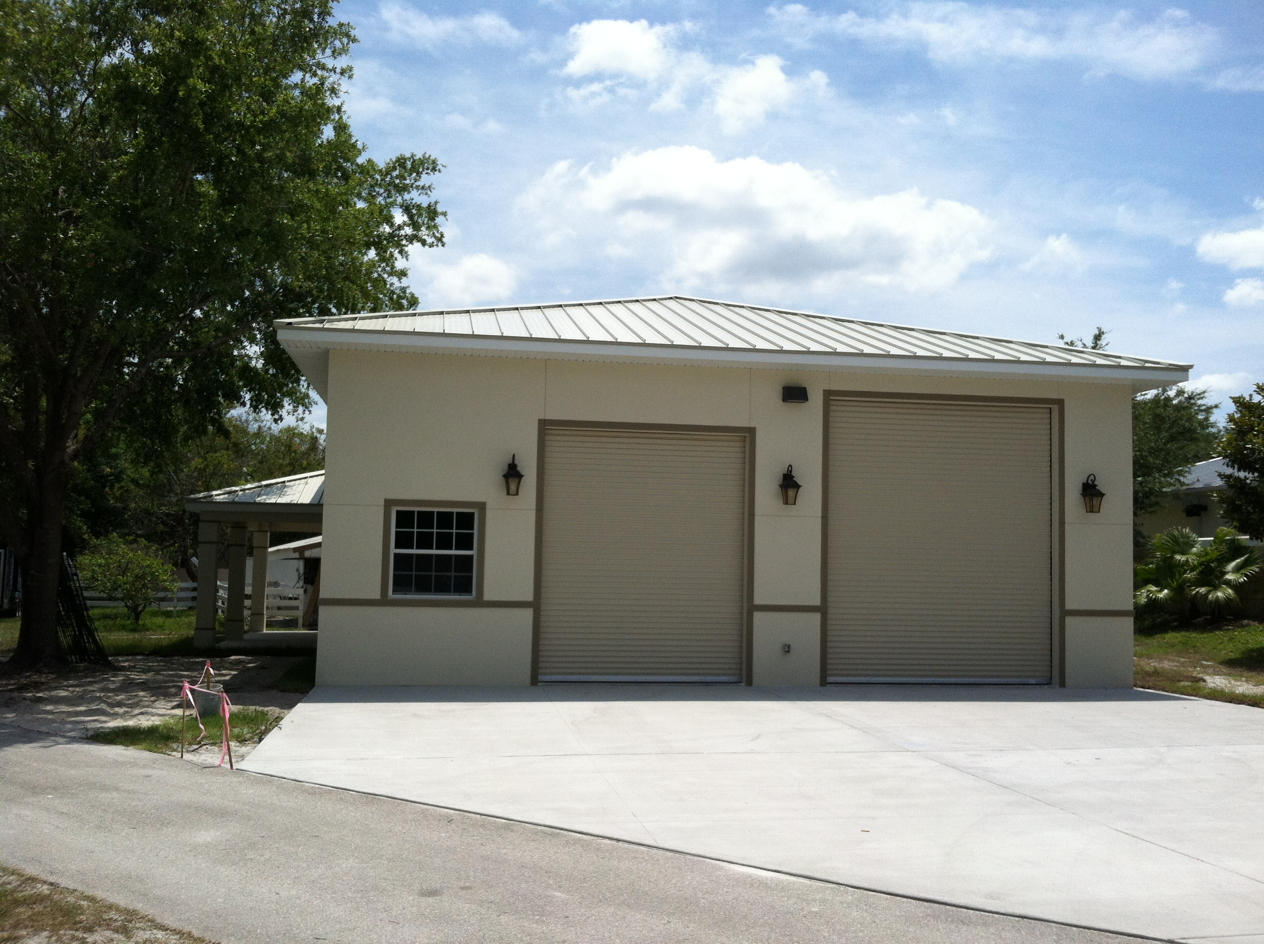Top 22 Photos Ideas For Garage Homes Home Building Plans