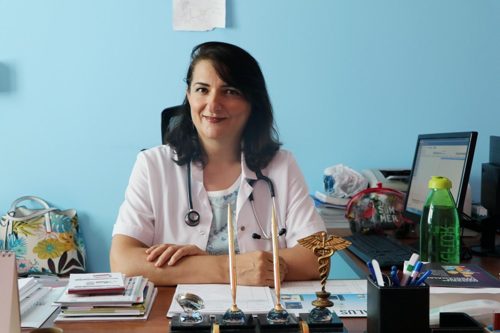 """Dr. Dablan: """"Çocukluk çağı obezitesini önleme, anne karnında başlar"""""""
