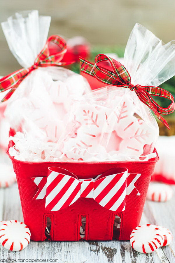 35 Creative DIY Gift Basket Ideas For This Holiday Hative