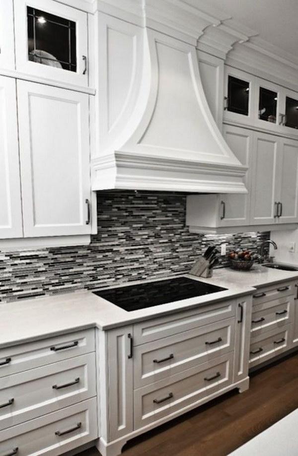 35 Beautiful Kitchen Backsplash Ideas - Hative on Backsplash For Black Countertops  id=39661