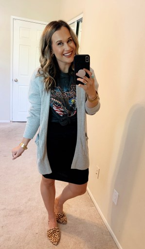 graphic tee outfits womens graphic tee outfits tumblr graphic tee outfits pinterest graphic tees graphic tee outfits fall outfits oversized graphic tee outfits vintage graphic tees how to style oversized graphic tees